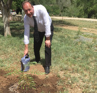 Prof. Carsten Drebenstedt at the symbolic tree-planting ceremony
